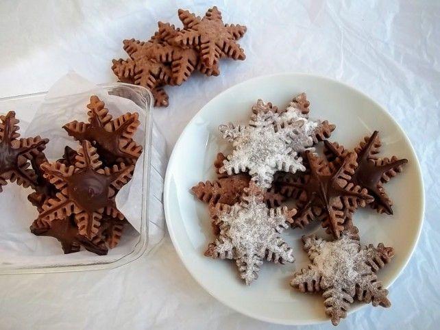 Egy finom Csokoládés hópelyhek pudingporból ebédre vagy vacsorára? Csokoládés hópelyhek pudingporból Receptek a Mindmegette.hu Recept gyűjteményében!
