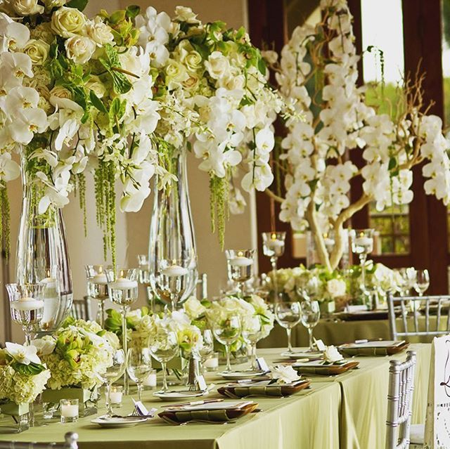 Wedding Details Vaso Kristal Nolocatering Contattaci Per Un Preventivo Senza Impegno O Una Consulenza Gratuita Table Decorations Decor Home Decor