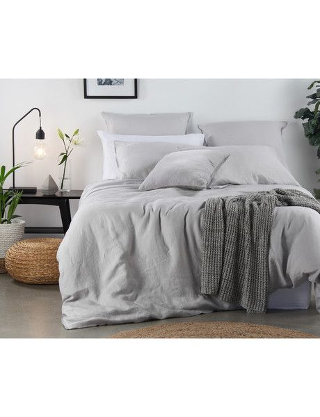 The Domani vintage-washed linen in the Toscana Duvet Cover Set is pre-washed to create softness with a relaxed, lived-in look. The pure linen has a beautiful lightweight texture, giving a lovely sense of freshness and comfort.