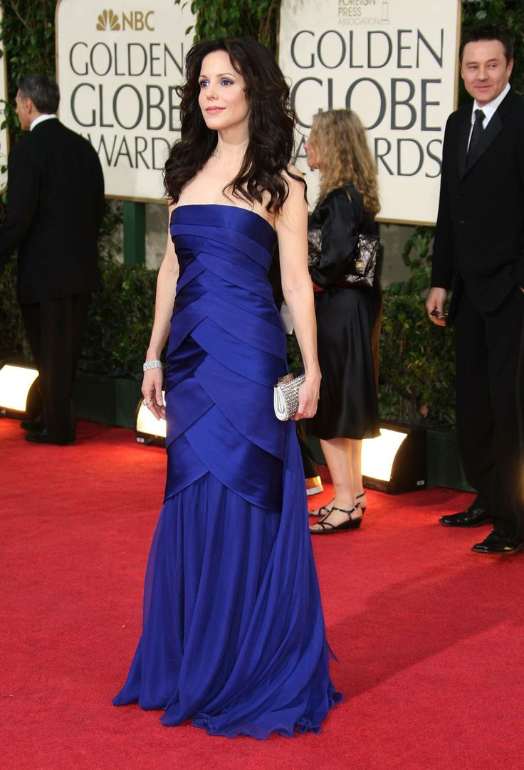 62 Mary-Louise Parker Sexy Pictures Prove That She Is An