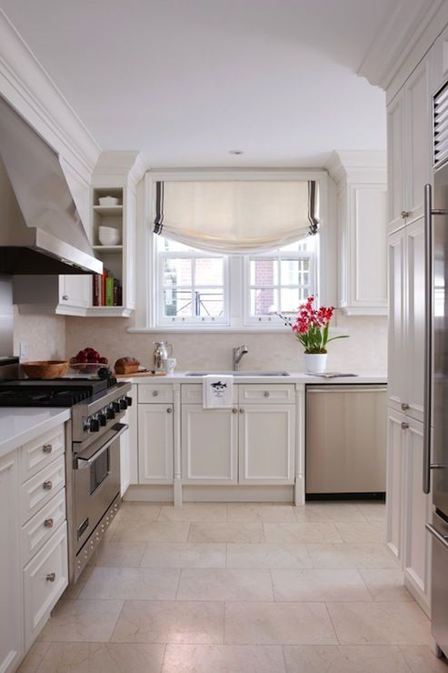 Cream shaker cabinets elegant i really like this warmer for Cheap white kitchen wall units