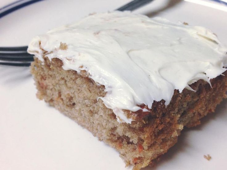 Clean Eating Carrot Cake & healthy peanut butter chocolate fudge - 21 Day Fixed Approved