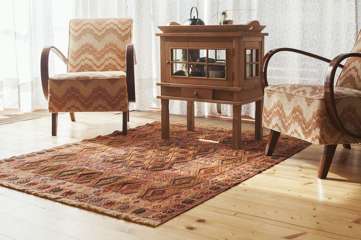 Delightful Daizangi Is A Great Piece Of True Art. A Vivacious Palette Of Lively Accents  Characterises This Charming Daizangi Kilim And The Main Field Features An  ... Good Ideas