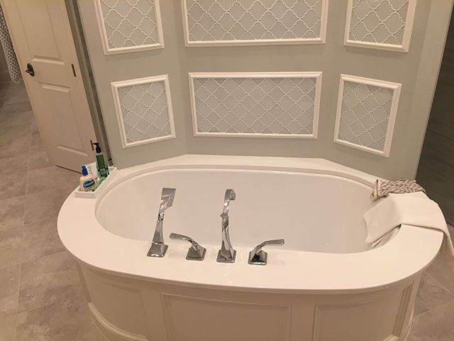 Tub Works By Luxury Countertops