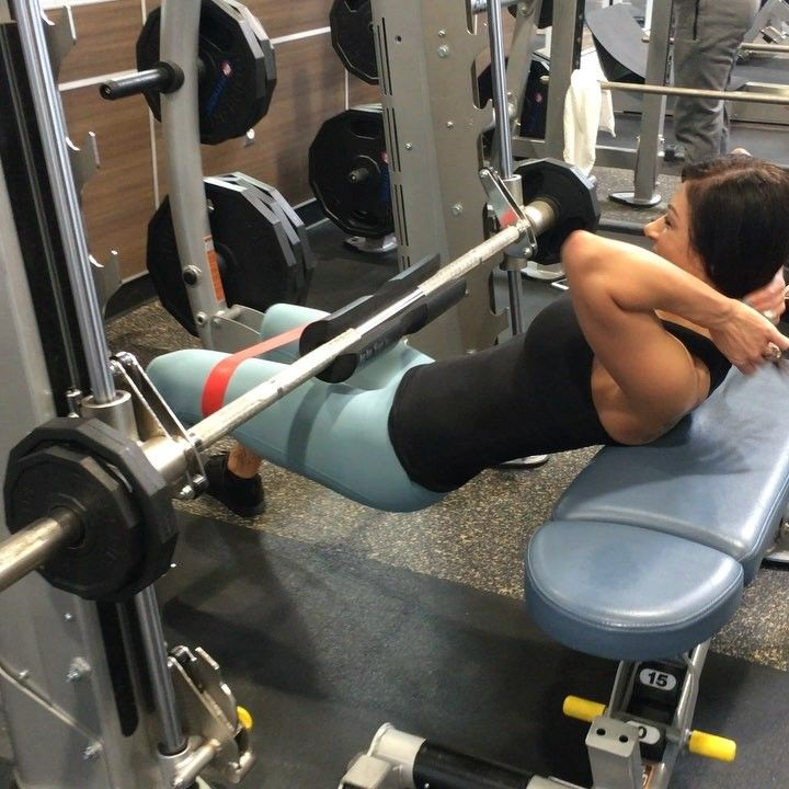 Hip Thrusts Are Definitely A Staple In My Lower Body Workouts I Incorporate Them At Least Once A Week W Fitness Body Lower Body Workout Smith Machine Workout