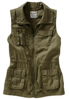 Military green cargo vest, another obsession. I did buy a denim vest, not quite the same as this longer vest with a softer look.