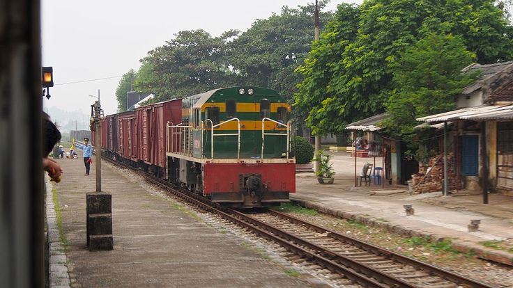 Dual gauge tracks at Đồng Đăng in Vietnam accommodates both metre gauge trains from Hanoi and standard gauge trains from Nanning and other cities in China.