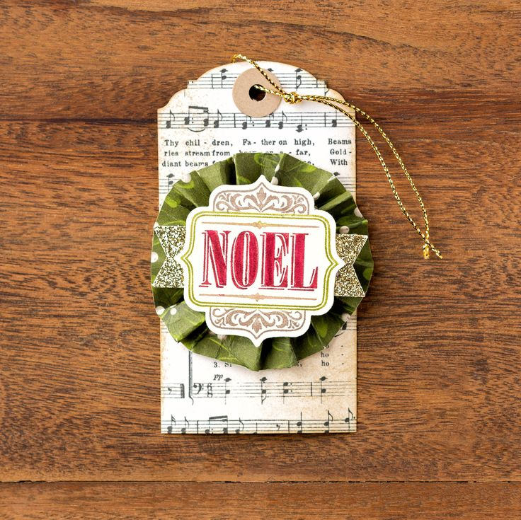 726 best Christmas Cards, Tags and Mini\'s images on Pinterest ...