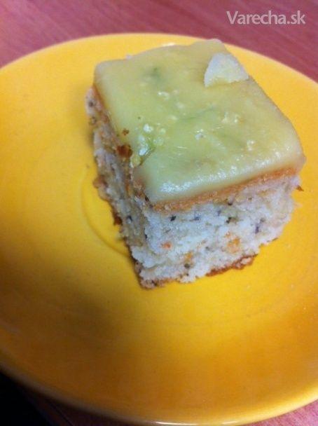 Rebarborovo-mrkvový koláč