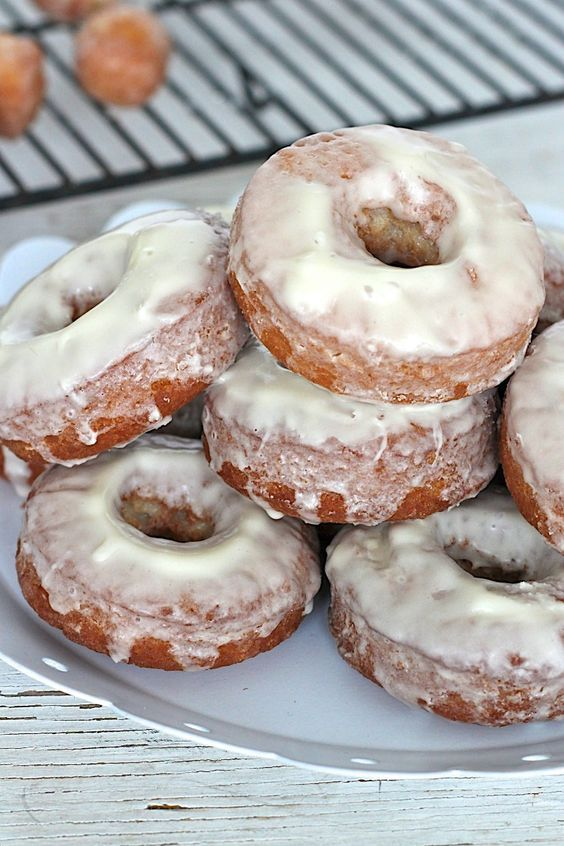 Easy Old-Fashioned Donuts - amazing homemade donuts that take 20 minutes from start to bite and taste as great, if not greater, than the ones you get from the donut shop!