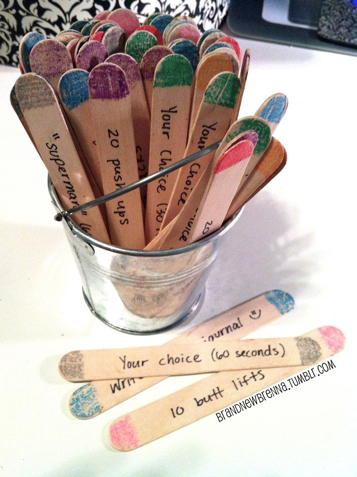 Craft Stick Workout! Pick one of each color everyday (7 colors).Diet Food, Easy Everyday Workout, Workout Exercies, Workout Plans, Workout Crafts, Bikes Riding Workout, Work Out, New Crafts, Crafts Sticks
