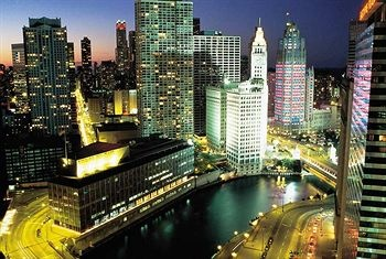 29 best budget hotels in chicago images on pinterest for Budget hotels in chicago