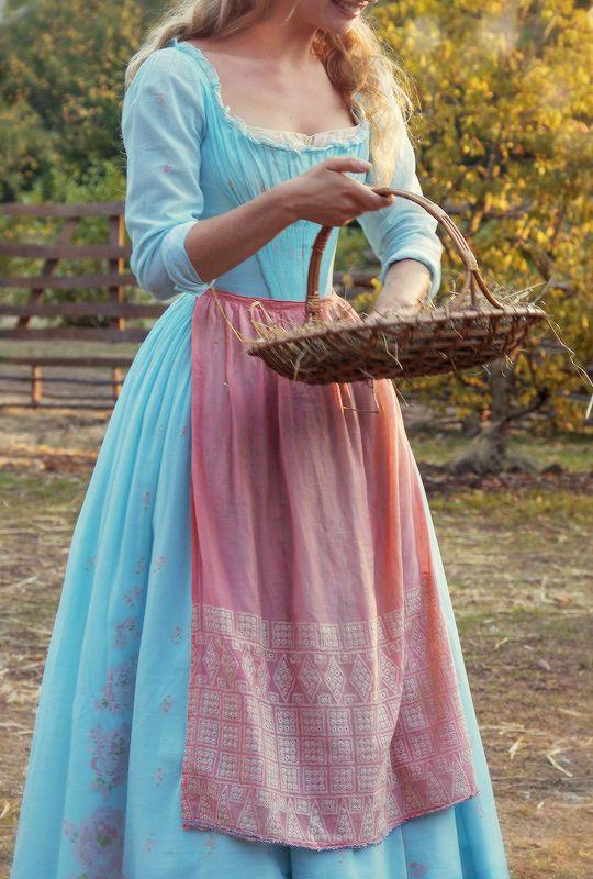 Cinderella + Costumes | ©