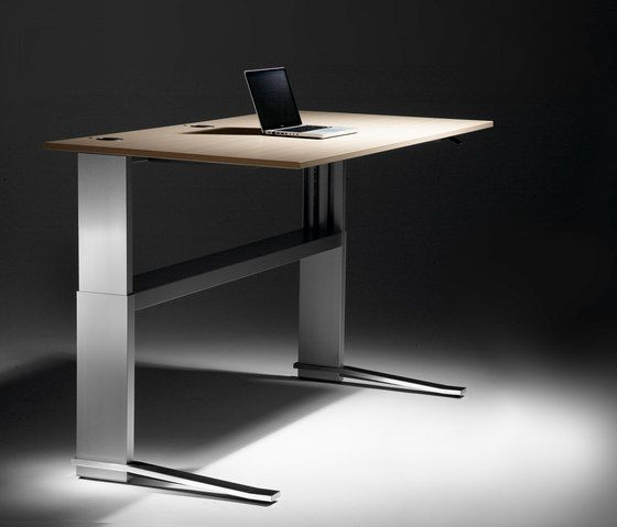 Individual desks | Desks-Workstations | iMOVE-C | LEUWICO. Check it out on Architonic