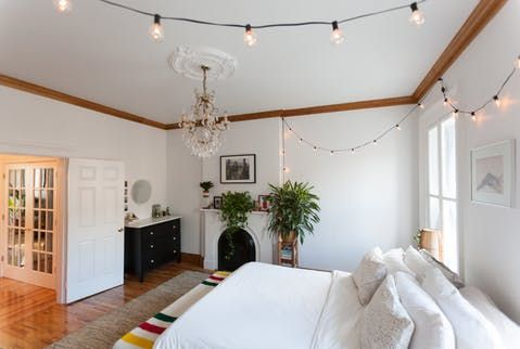 """House Tour: An """"Adult Barbie Dream Home"""" in Brooklyn 