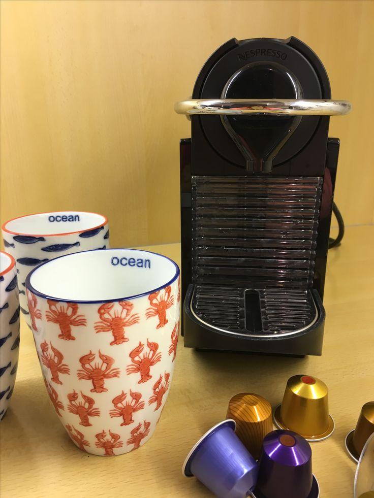 's morgens bij het ontbijt of na een dagje strand geniet je van een lekker kopje Nespresso.
