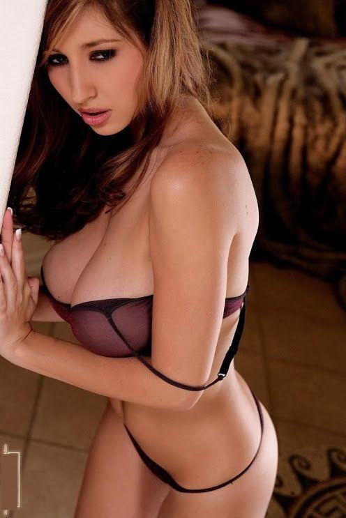 emily osmet having fully naked sex
