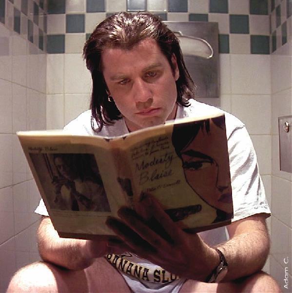 John Travolta, Pulp FictionFamous People, People Reading, Movie Stuff, Nice Movie, Travolta Reading, Pulp Fiction, Caught Reading, Actresses Actor Reading, John Travolta