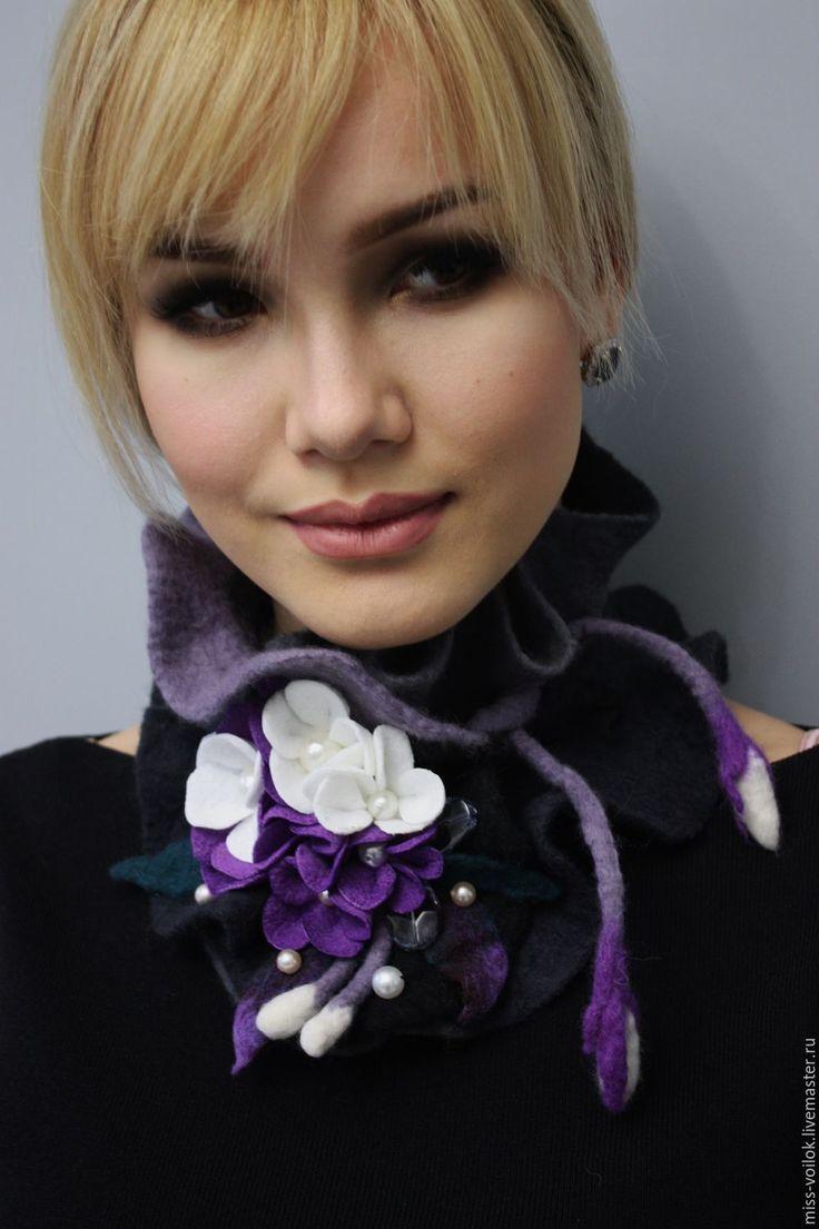 """Купить Шарф из шерсти """"Бархатный вечер"""" (валяние) - фиолетовый, цветочный…"""