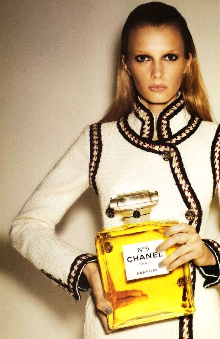 -------: Coco Chanel, Chanel No5, Sigrid Agren, Chanel Perfume, Chanel Jackets, Posts, Styles, High Fashion, Things Chanel