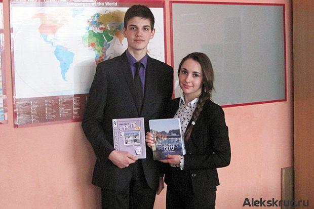 Пока спортсмены готовились к своим главным стартам в Сочи, школьники Александровского района участвовали в своей Олимпиаде, областной этап к...