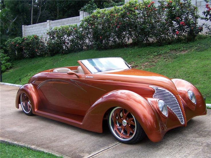 1939 FORD CUSTOM CONVERTIBLE