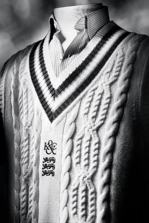 O suéter de críquete criado pela Kent & Curwen na década de 1930 (Foto: Reprodução/trinitygroup.com)