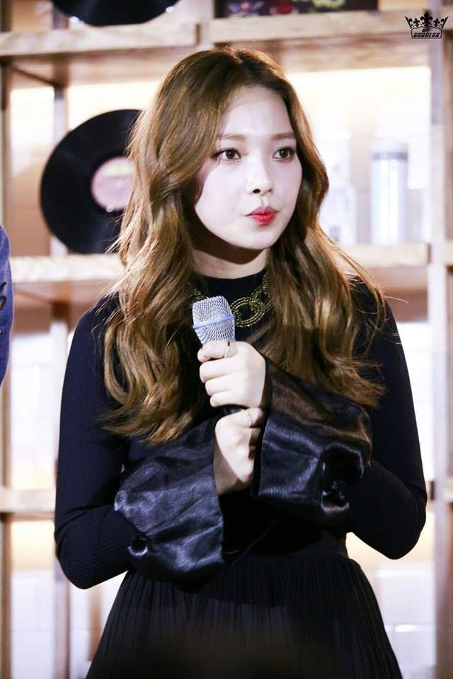 april somin, somin kard april, somin kpop profile, kard kpop profile, somin ex april, somin debut kard, dsp kard members, somin youngji