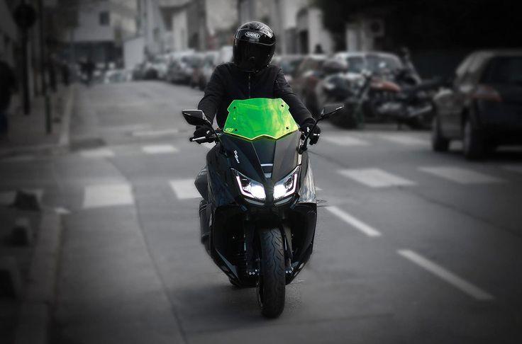 La bulle BCD VX pour Yamaha tmax 530 se fait maintenant en jaune fluo