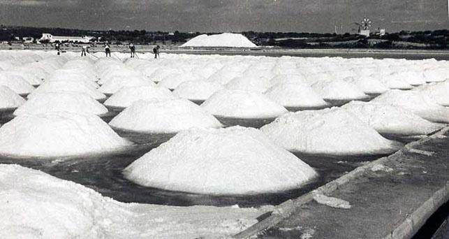 56 Best Salt Dishes Images On Pinterest Salt Cellars