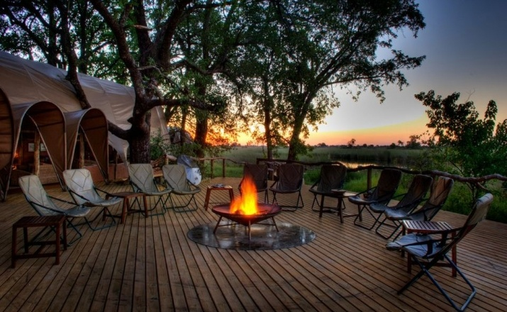 Lagerfeuerromantik im Camp Okuti