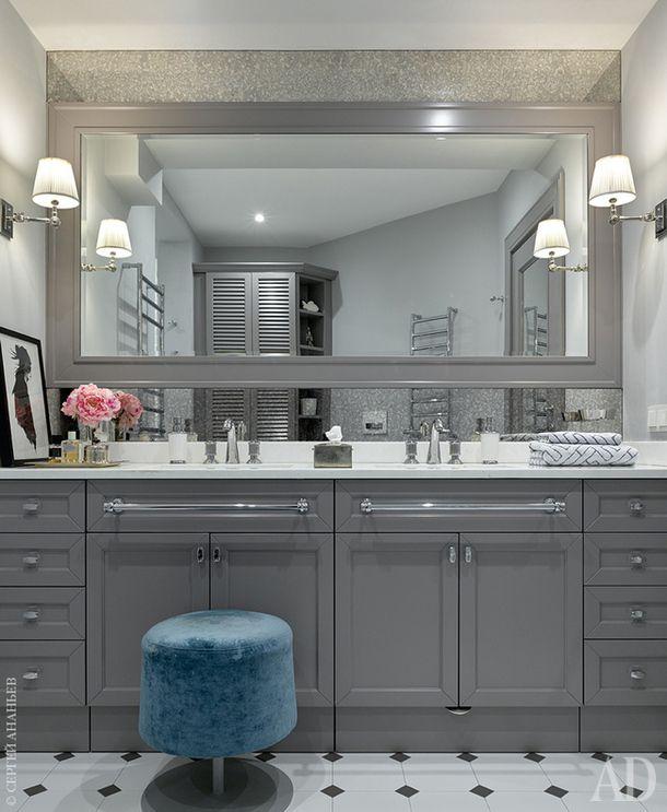 Ванная комната. Столярные изделия сделаны на заказ по эскизам дизайнера, Archiproject.