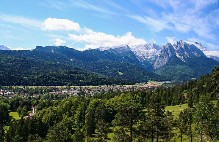 Walking in Garmisch-Partenkirchen. http://b-schaffer.blogspot.de/2017/04/spazieren-in-garmisch.html