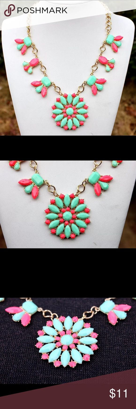 Women's Floral Necklace & Colorful Necklace Brand New Necklace & Bracelet 🌸🌷 Jewelry Necklaces