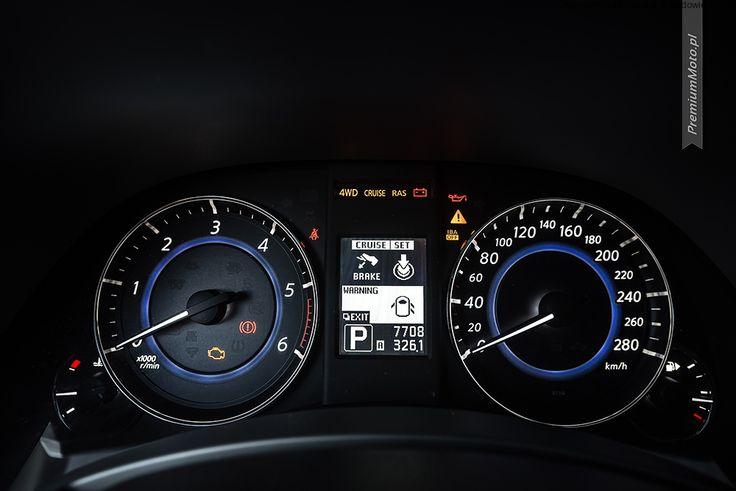 Infiniti FX instruments dials #infiniti #fx #dials more: http://premiummoto.pl/09/02/infiniti-fx30ds-black-and-white-edition-nasza-sesja