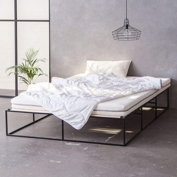schwarzes metallbett schwarzes stahlbett back metal bed minimalistisch minimalist. Black Bedroom Furniture Sets. Home Design Ideas