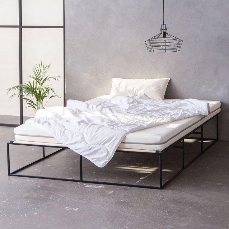 schwarz schlafzimmer minimalistisch minimalistisch wohnen industrie bett edith head mbel industriell metal beds steel bed