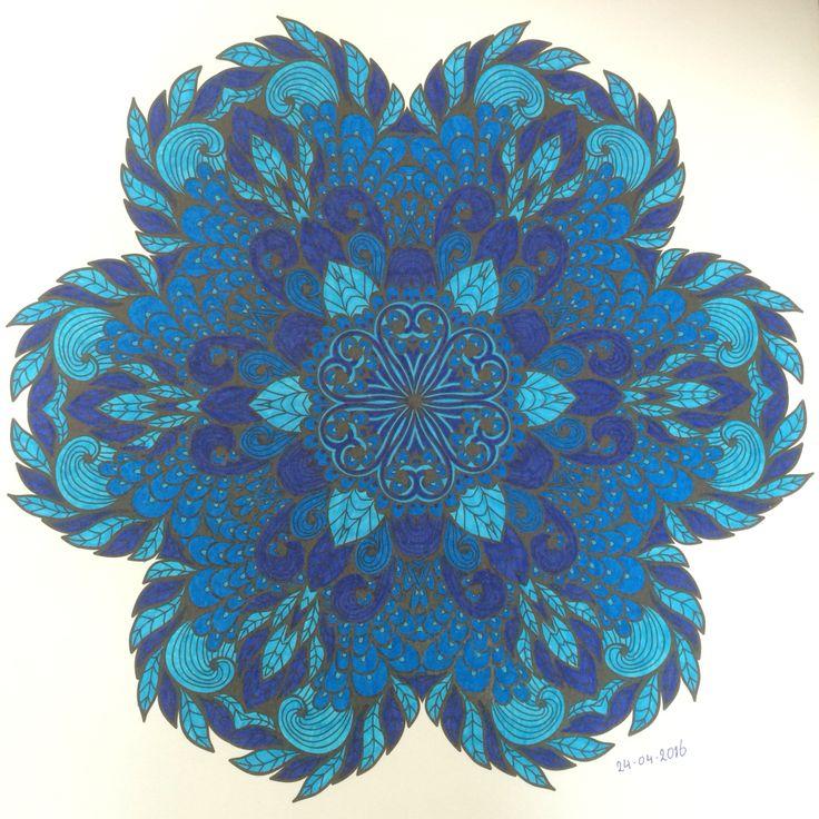 Het Enige Echte Mandala Kleurboek (deel 1) - Mandala nr. 68