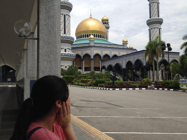 Mosques in Brunei: Jame' Asr Hassanil Bolkiah Mosque