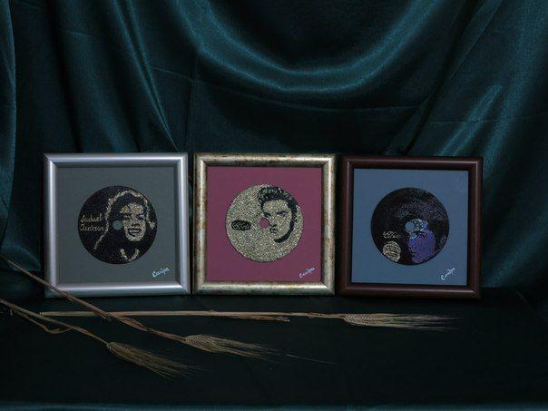 подарить изображение любимого артиста изображенного на CD-диске.Художник Сандра Демиденко. 89618180677
