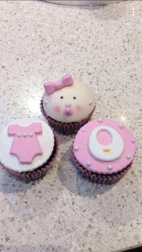 Cupcakes for baby showers, new borns and christenings