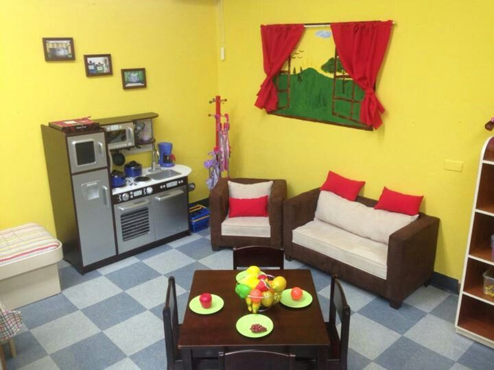 Best 25 dramatic play area ideas on pinterest for Daycare kitchen ideas