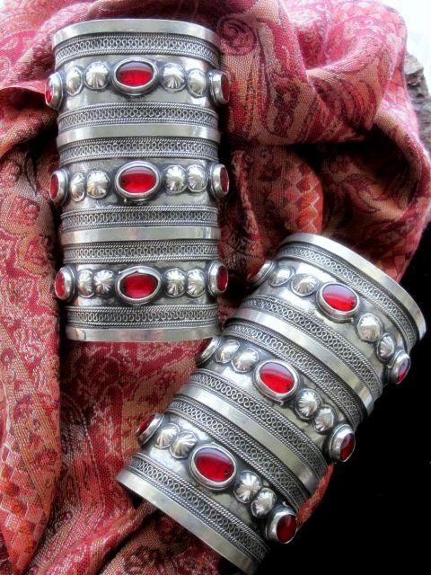 turkmen tribal jewellry