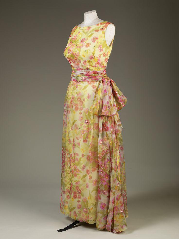 Evening dress, Norman Hartnell, 1971