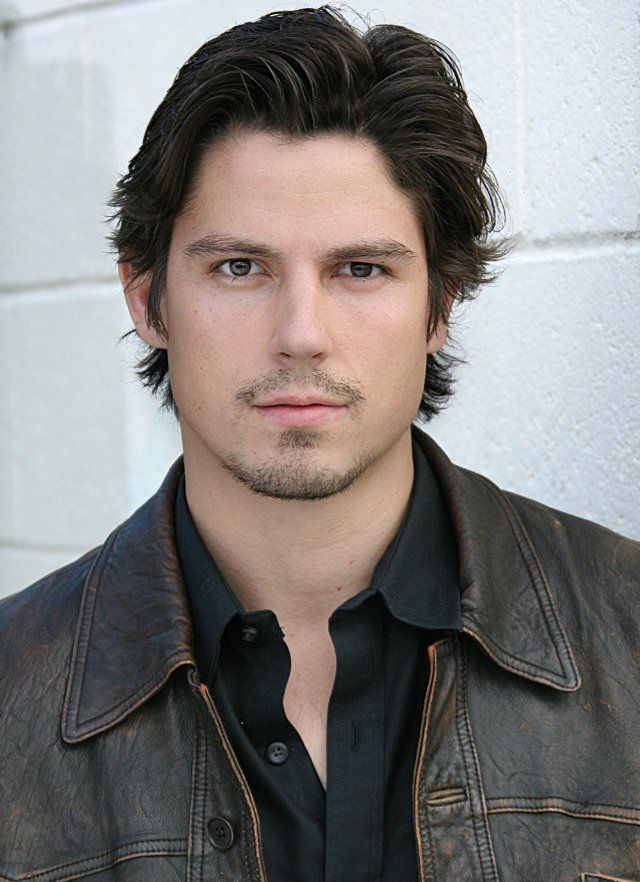 When I think of Charlie, this is what I see: Sean Faris, facial hair mandatory. Have you seen him without his shirt? I'll have to pin some other images, though this is pretty much the only one with the scruff.