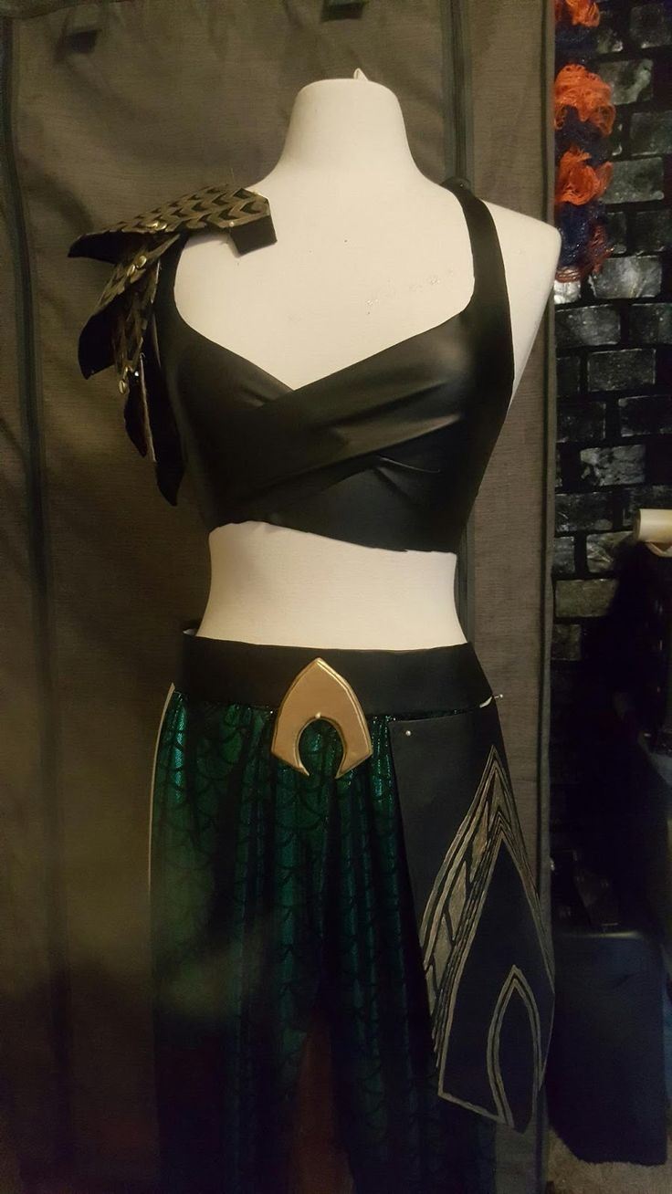 Aquaman Cosplay Progress Photo Dump   So I had some changes with my Halloween plans. Mainly, I would not be doing Aquaman because I work ...