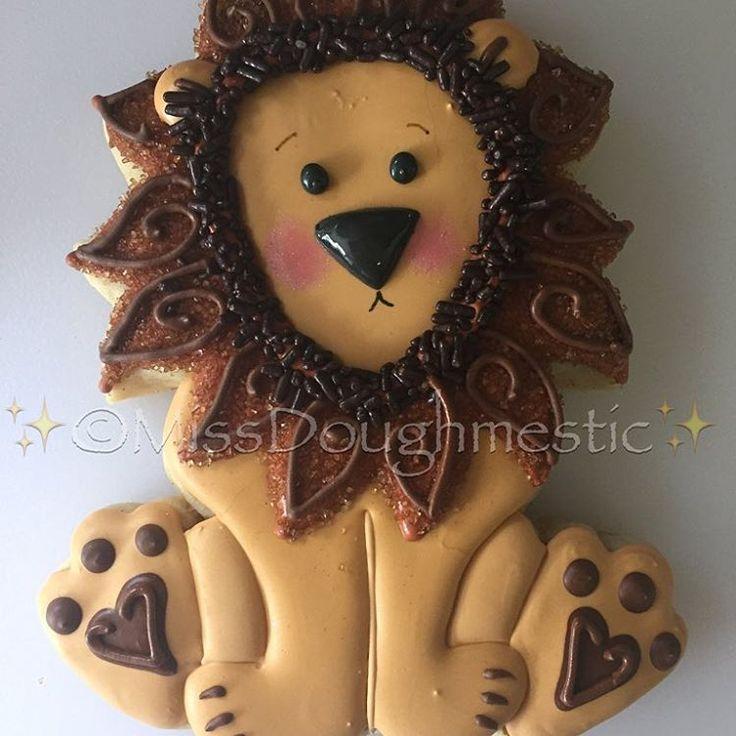 I'm not LION I love this face! #pikzstik #missdoughmestic #cookiesofinstagram…