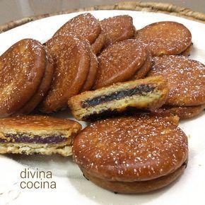 Estas galletas fritas rellenas de chocolate se pueden preparar con galletas tipo María o con galletas de chocolate, para acentuar el sabor a cacao.