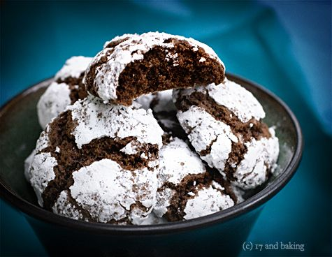 Chocolate Crinkle Cookies #cookies