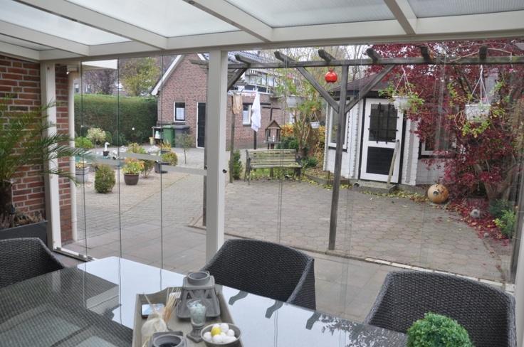 Veranda Garden Dreams - Aluminium Veranda's - vrijstaande veranda's - carports - veranda's in waaiervorm - tuinkamers - aluminium schuttingen - alumininium voor- en zijwanden - glasschuifwandsystemen